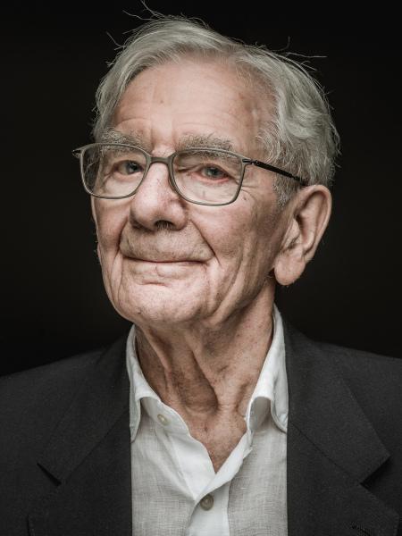 Hans Burkhalter Portrait for Project FRAGILE